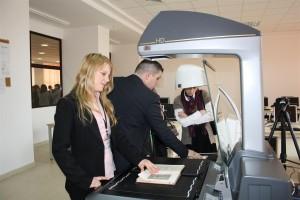 Prezentare live scanner de carte; Information Literacy 2011